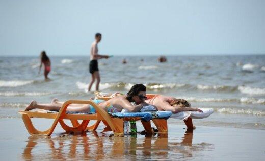 Ūdens temperatūra jūrā no +10 grādiem Ventspilī līdz +20 grādiem Rīgas līča Kurzemes piekrastē