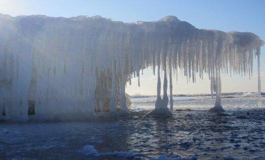 ФОТО: Морское побережье застыло в ожидании весны