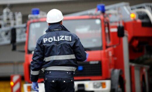 Германия: полиция и водолазы спасали пьяного гражданина Латвии