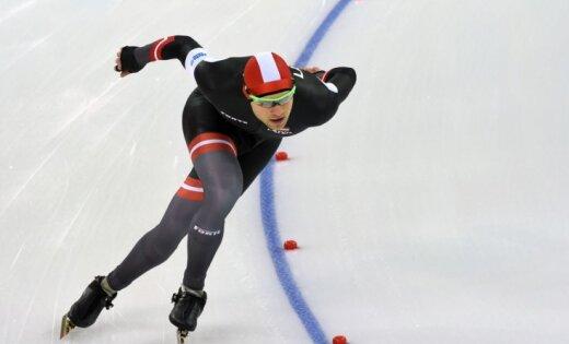 Ātrslidotājam Silovam astotā vieta sezonas pirmā Pasaules kausa posma masu startā
