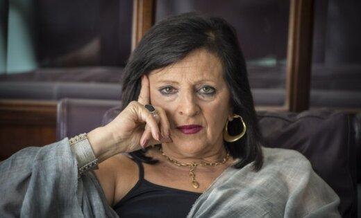 DNS tests pierāda – taro kāršu licēja Martinesa nav izcilā Salvadora Dalī meita