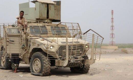 Konflikts Jemenā: Saūda Arābijas atbalstīti spēki sākuši uzbrukumu Hudaidas ostai