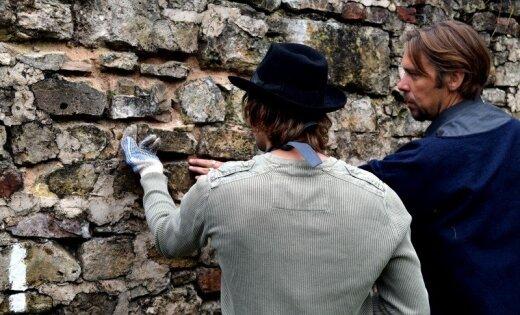 Foto: Cēsīs sāk plašu pils restaurāciju
