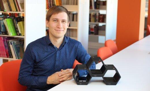 Latvijas izgudrotāji radījuši mobilo telefonu bezvadu uzlādes ierīci