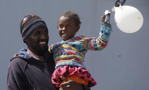 'Delfi Aculiecinieks' taujā: Ko sabiedrība domā par bēgļiem?