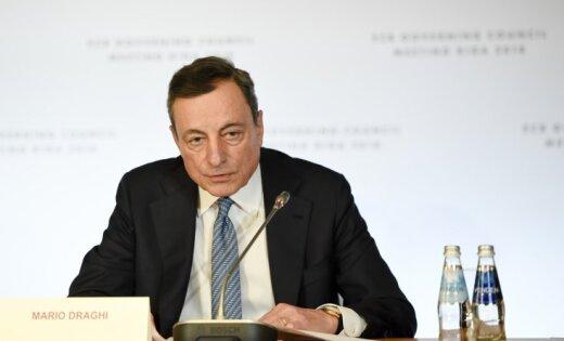 ECB Rīgā pieņem vēsturisku lēmumu par obligāciju uzpirkšanas programmas pārtraukšanu
