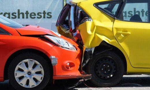 В автомобильных авариях пострадали 26 человек