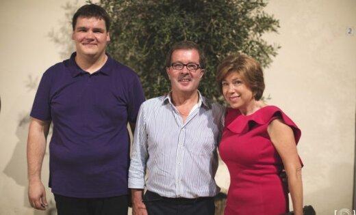 Nākamvasar – uz Rokdanteronu! Satikšanās ar Rokdanteronas festivāla māksliniecisko vadītāju Renē Martēnu