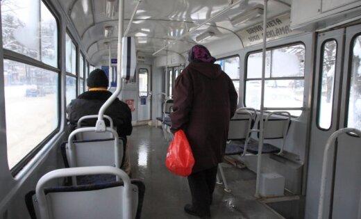 Sabiedriskais transports svētdien Rīgā kursēs bez maksas; arī par stāvvietām nebūs jāmaksā