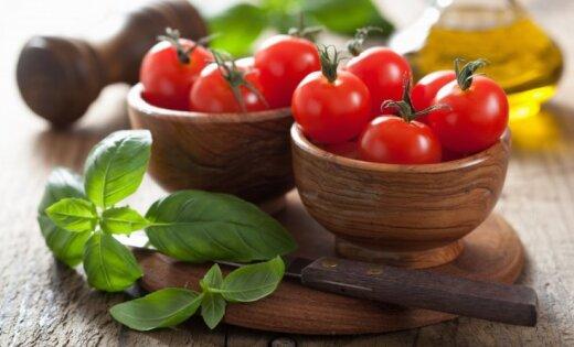 Kādus vitamīnus un minerālvielas ieteicams lietot grūtniecības laikā