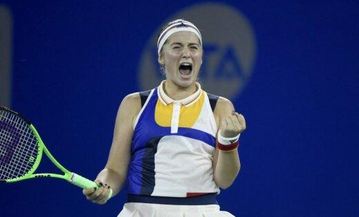 Ostapenko oficiāli iekļūst WTA sezonas noslēguma turnīrā