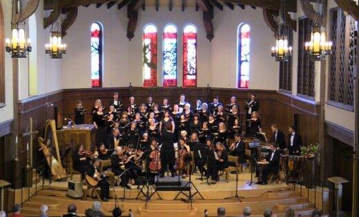 Ar sadraudzības koncertu Rīgā uzstāsies ASV koris un orķestris 'Viva la Musica'