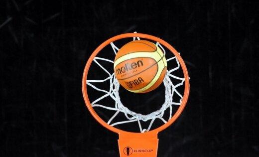 Latviešu izcelsmes basketbolists Badingers aizmainīts uz 'Timberwolves' komandu