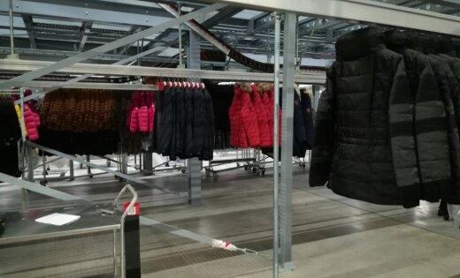 'Delfi' no Juslas: 'Stockmann' loģistikas centrs un 13 kilometru 'drēbju pakaramais'