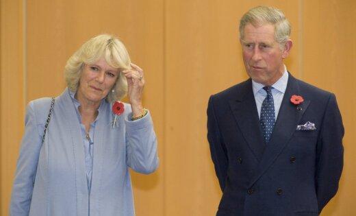 СМИ: Елизавета II готовится к отречению и передаче престола принцу Чарльзу