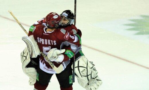 Lūsiņš debitē 'bullīšos' un palīdz Rīgas 'Dinamo' izcīnīt uzvaru