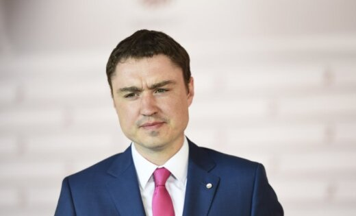 Эстонский политик Рыйвас ушел в отставку из-за скандала с домогательствами