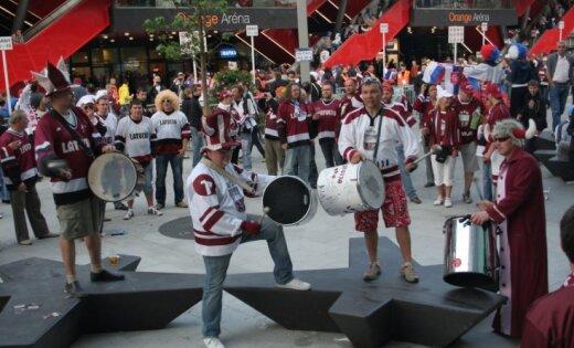 ĀM aicina hokeja fanus čempionāta laikā ievērot Somijas un Zviedrijas likumus un paražas