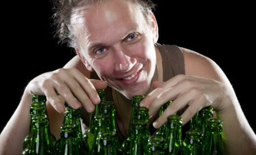 В Латвии все больше людей, которые лечатся от алкоголизма