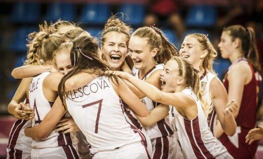 Latvijas U-18 meiteņu izlases treneris izceļ milzīgo cīņas sparu un pašatdevi aizsardzībā