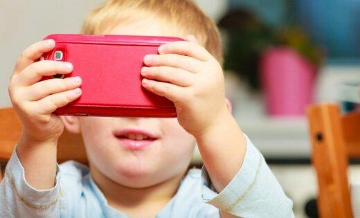Latvijā katrs otrais divgadnieks lieto mobilās ierīces. Sāk kampaņu vecāku izglītošanai