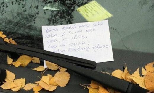 Cīņa par auto novietošanu pagalmā: 'draudzīgs aicinājums' spēkratu pārvietot nokaitina kaimiņieni