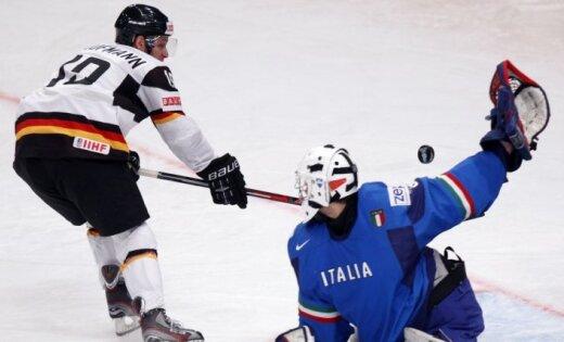 Vācijas hokejisti atstāj 'sausā' Itāliju