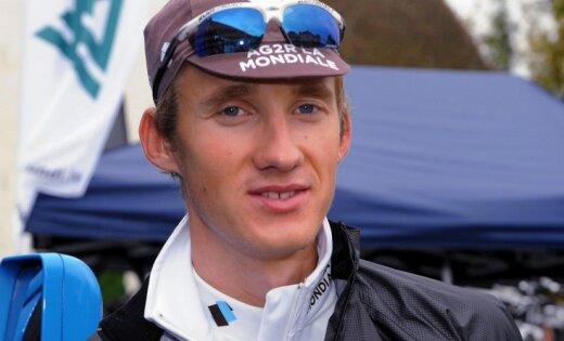 Par Latvijas čempionu riteņbraukšanā individuālajā braucienā kļūst Smukulis