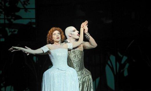 Foto: Gotikas estētika Nacionālajā operā – jauniestudējums 'Fausts'