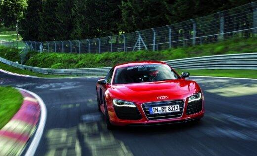 Рекорд: Электрическое купе Audi R8 проехал Нюрбургринг за 8 минут