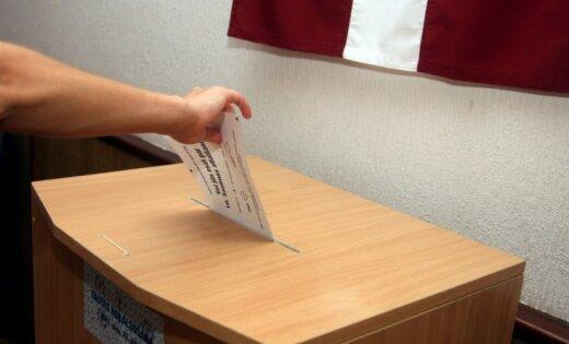 Vēlētāji atlaiž 10.Saeimu - par nobalso 94,3%