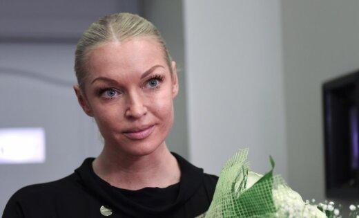 Волочкова рассказала, как стала жертвой очаровавшего ее мошенника