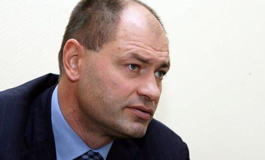 Protestējot pret Ozoliņa atlaišanu, atkāpjas LHF valdes loceklis Dainis Liepiņš