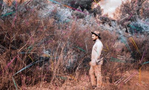 Intars Busulis izdevis solo albumu 'Nākamā pietura' krievu valodā