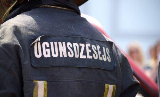 Piektdien ugunsgrēkos cietuši trīs cilvēki