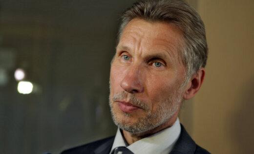 Vajadzēja ļaut Rimšēvičam piedalīties ECB Padomes sēdē Rīgā, pauž Vārpiņš