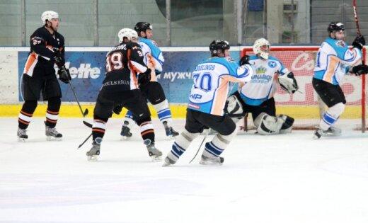 Šosezon Latvijas hokeja virslīgā spēlēs deviņas komandas