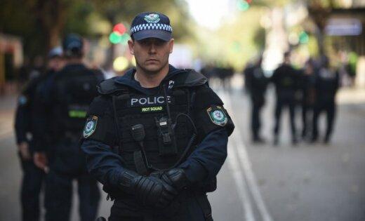 Австралия: пара из Латвии подозревается в мошенничестве на сумму около 250 000 долларов