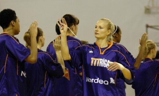 'TTT Rīgai' graujoša uzvara LSBL pusfināla pirmajā spēlē