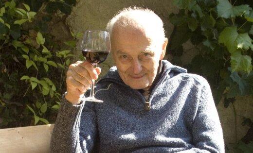Чтобы получать пенсию в 1000 евро, нужно 40 лет платить налоги с зарплаты в 1800 евро