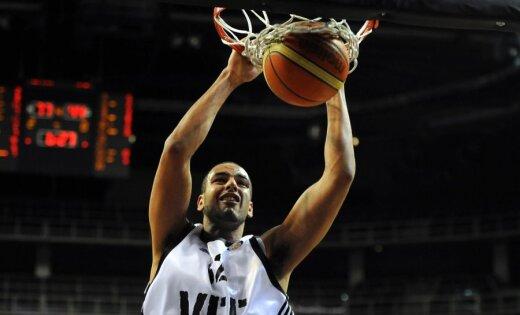 'VEF Rīga' pārliecinoši zaudē Kuksika pārstāvētajai 'Valencia Basket' komandai
