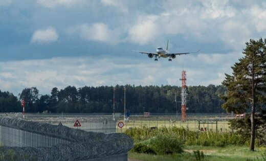 'airBaltic' lidmašīna uz Tbilisi atgriezusies Rīgā traucējumu gaisa padeves sistēmā dēļ