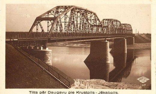 Domes neieinteresētība lemj pilnīgai iznīcībai vēsturisku tiltu Jēkabpilī
