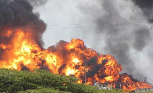 В Болгарии грузовой поезд сошел с рельсов, есть погибшие
