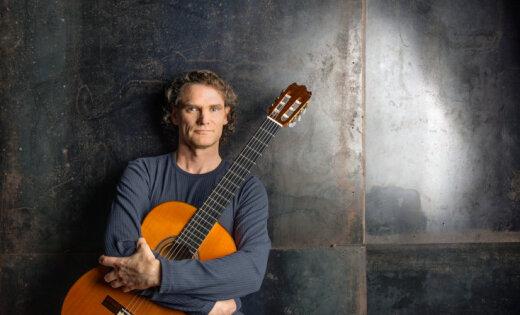 В Риге выступит виртуозный гитарист фламенко Джесси Кук