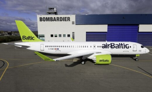 airBaltic получила третий самолет Bombardier CS300
