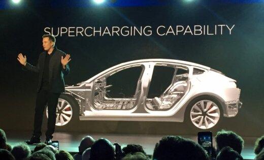 'Tesla' jau gatavo vēl lētāku elektromobili par 'Model 3'