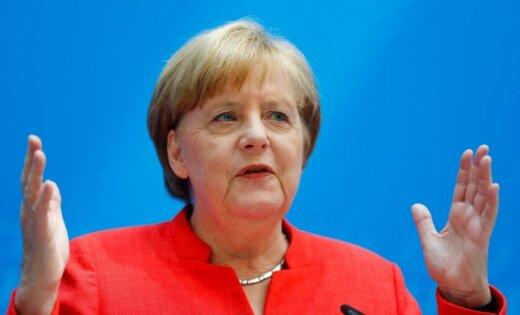 Меркель выступила против смягчения санкций в отношении России