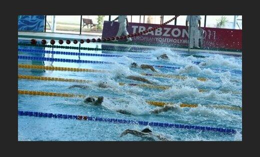 Latvijas čempionātā peldēšanā sadalīti jau 24 medaļu komplekti