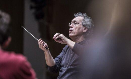 'Sinfonietta Rīga' un Zbigņevs Graca atskaņos Mocarta 40. simfoniju